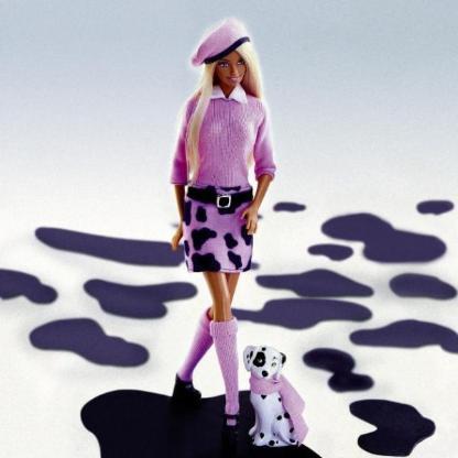 Barbiepuppe mit Dalmatiner