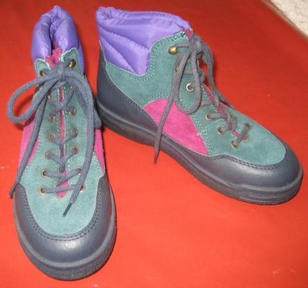 Gr. 34 - 36: 3 Paar neue Sandalen/Schuhe/Stiefeletten