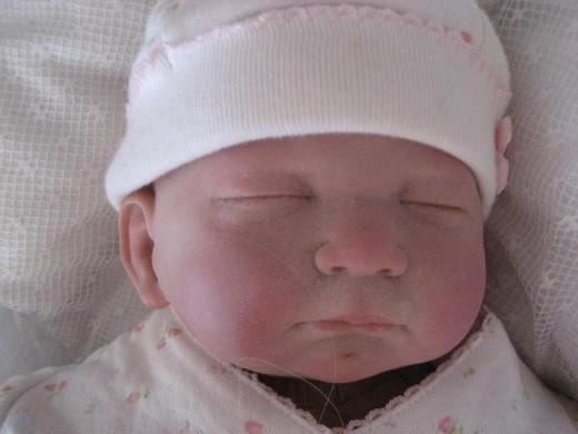 Entzückende Reborn Baby Puppe,2 Bekleidungen,Schnuller,Spielzeug - Baunatal