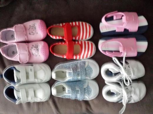 Babyschuhe. Größen und Preise, siehe Text