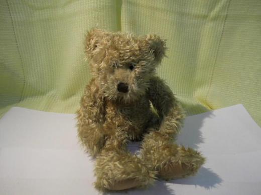 Teddybär Russ Berry Toffee / Handarbeit / gestickte Nase / Kuscheltier Bär