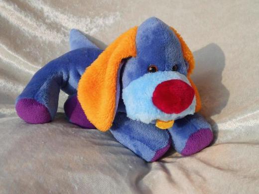 Blauer HUND lila orange KUSCHELTIER für Jungen Schlenkerhund handgemacht Unikat Plüschtier Welpe Kinderzimmer Wohndeko