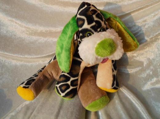 Safari WILDHUND Giraffen Hund Kuscheltier grün gelb Schlenkerhund Wohndeko HANDARBEIT Unikat