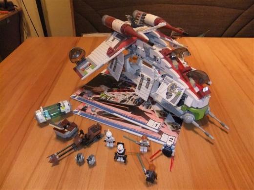LEGO Star Wars 7676 - Republic Attack Gunship