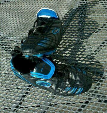 Fußballschuhe Stollen Größe 31 Sneaker