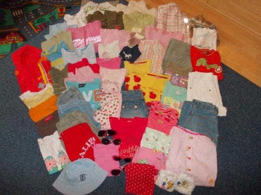 Einzeln zu bekommen: Regen-/Ski-/Jacken,Pullover,Kleider,Jeans,Shirts,122,128,134,140