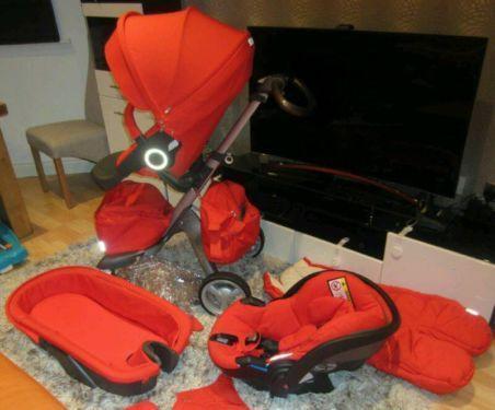 3 in 1 Stokke Xplory V5 Kinderwagen mit Neugeborenen Tragetaschezu verkaufen