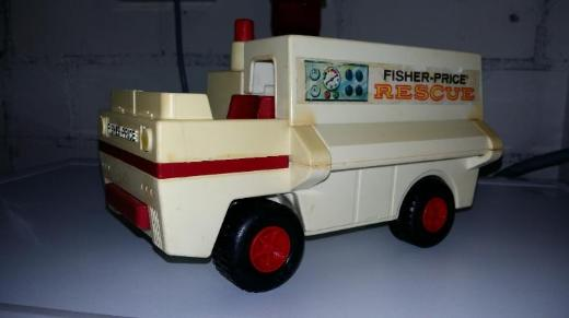Fisher-Price Rescue 1974 (!!!) copyright 1974 Fisher-Price Toys East Aurora, N.Y. Made in U.S.A. pat. pending VERKAUFSWARE