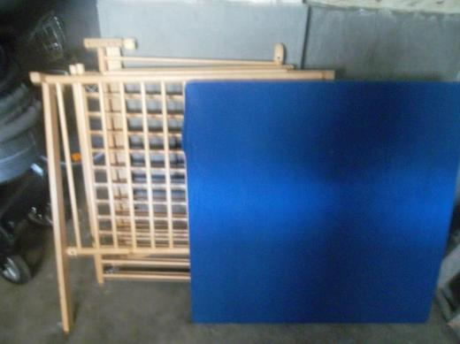 Laufstall 1 x 1 m.aus Holz