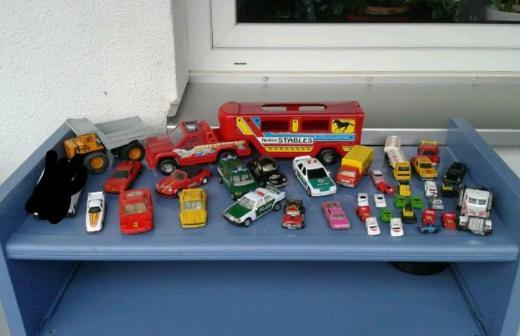 Modellautos, Spielzeugautos, LKW,s, Majonette, Matchbox und andere.