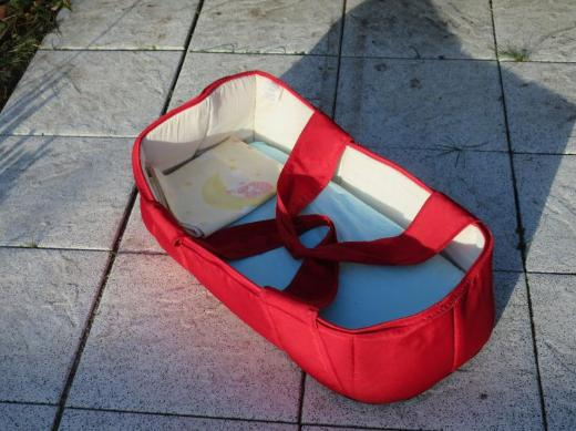 Kinderwagen mit Tragetasche und Autositz zu verkaufen