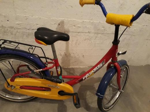 18 Zoll, sehr gut erhaltenes Fahrrad