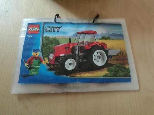 Lego Bauernhof 7634, roter Traktor