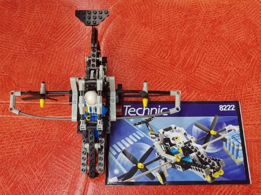 LEGO Technic 8222 Flug/Senkrechtstarter (inkl. Bauanleitung)