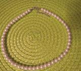 Perlenkette, kurz, weiß-creme, neu - Essen