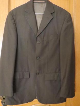 Anzug,3-teilig, braun, gestreift, Gr.44