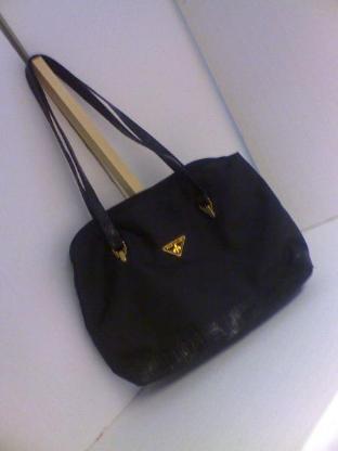 Handtasche schwarz, wie neu, da unbenutzt