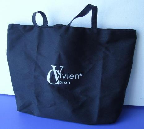 Handtasche in schwarz, wie neu, da unbenutzt