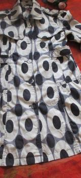 "NEU * Seidig * Punkte * Kreise * Polka Dots * Retro Look * Trench Coat * Mantel oder Jacke ""YUMI"" Gr. 34- 36/ XS- S * schwarz- cremè- beige * - Riedlingen"