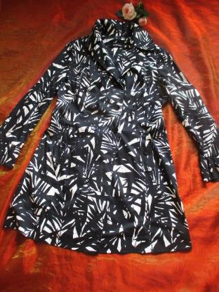 NEU* Ausgefallener * Retro- Style * Trench- Coat * Mantel ''NICOWA'' Gr. 38- 40/ S- M, schwarz- cremè- beige * - Riedlingen