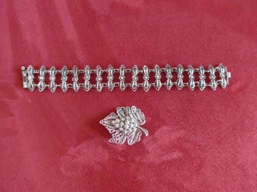 Filigranes Silberarmband mit passender Brosche, 60er Jahre, Handarbeit
