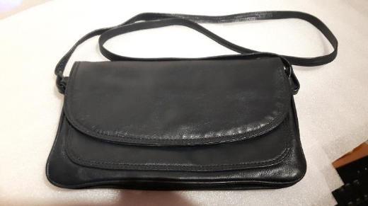 Dunkelblaue kleine Damenhandtasche Umhängetasche