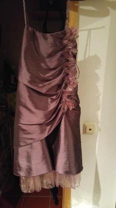 Abendkleid in der Größe 164/172