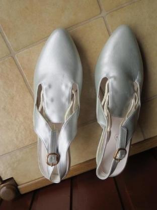 Schuhe, Slingbacks, Gr.37, hellblau, schick, neu