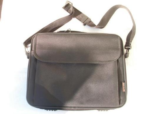 Hama Sportsline Laptoptasche Notebooktasche schwarz mit Reißverschluss Tasche 3,-