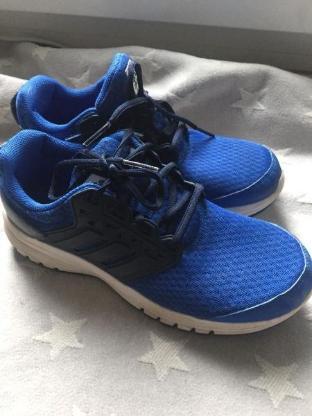 blau blaue Adidas neuwertig  Sneaker top Schuhe