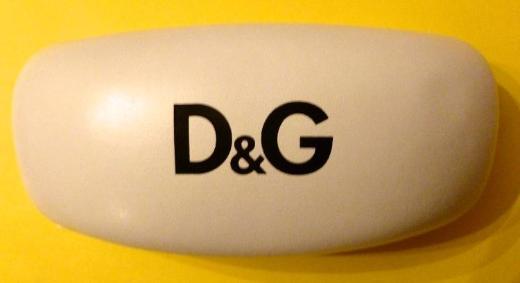 Brillenetui D&G