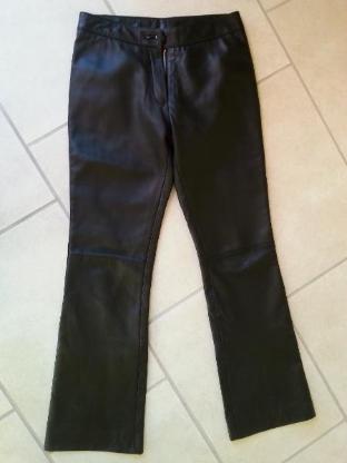 Lederhose, schwarz