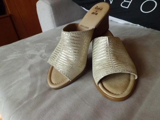 ARA Sandalen Pantoletten Gr. 39 neuwertig