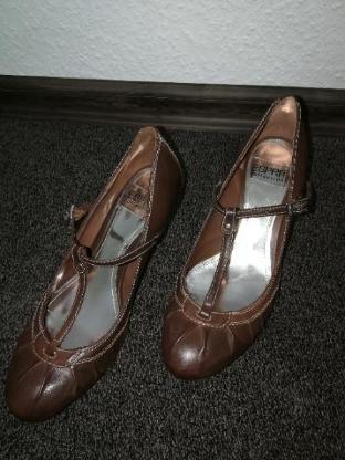 Esprit Schuhe braun in Gr. 37