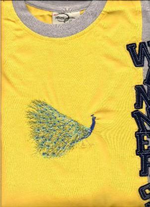 Tiere oder und auf T-Shirt gestickt