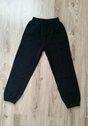Nike Kinder Jungen Jogginghose schwarz Gr. XL (Gr.158-170)