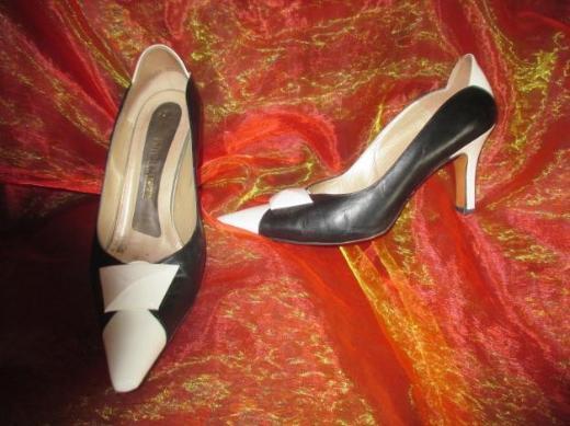 "Stylische * High- Heels * Pumps * Schuhe ""Peter Kaiser"" ORIGINAL * Gr. 37½- 37,5/ 4,5 4½ * schwarz- weiß * black and withe *"