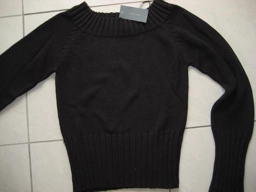 Zero Basic Schwarzer Pullover mit Carmen Ausschnitt  Gr. 36   Neu!!