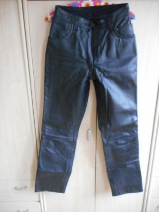 Zwei Lederhosen Gr.36