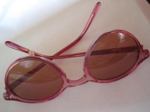 Mädchen-Sonnenbrille in rosa, ungetragen