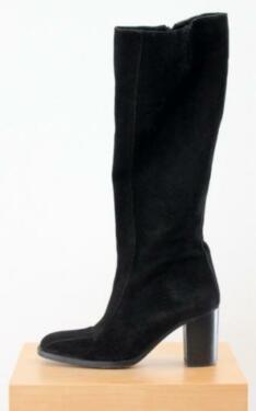Hochwertiger schlanker Stiefel Velourleder schwarz