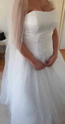 Brautkleid ungetragen ungeändert