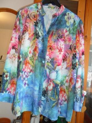 Damen-Bluse bunt Größe 52