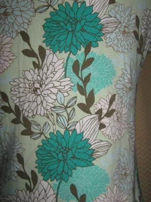 """NEU* Flower- Power * Blüten- Blumen * Baby- Doll * T- Shirt """"ESPRIT"""" Gr. 38- 40/ S- M, grün *"""