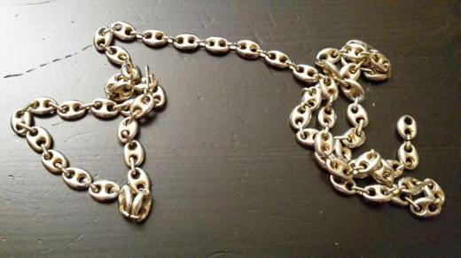 goldener Ziergürtel (goldfarbenes Metall)