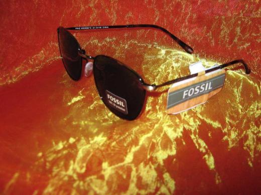 """NEU mit Etikett* Chic, zeitlos * modern * Damen * Sonnenbrille """"Fossil"""" Original * braun *"""
