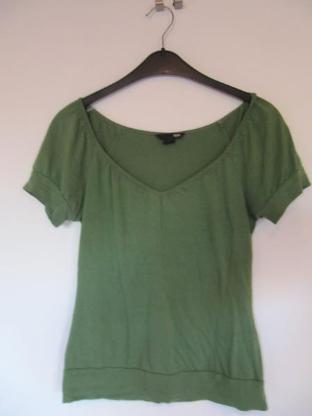 grünes T-Shirt, Größe XS - Mülheim an der Ruhr