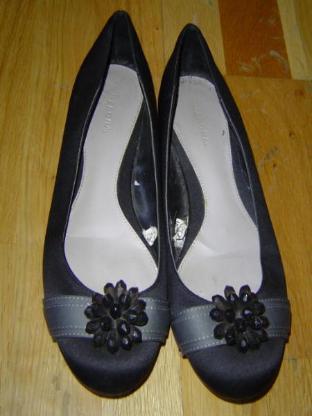 MERONA Satin Ballerinas Gr. 39 schwarz mit Kunststoffperlen – 563