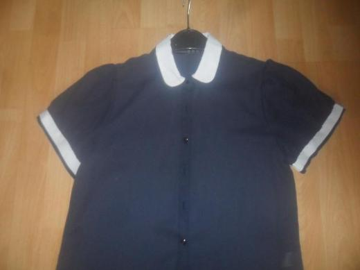 Bluse Gr 40/42  dunkelblau
