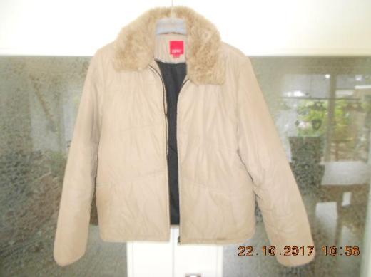 Esprit Damen Jacke Grösse L Herbstjacke / Winterjacke hellbraun